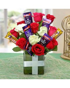 Romantic Combination Of Chocolates & Red Roses