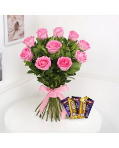 Bouquet Of 10 Pink Roses With Chocolates