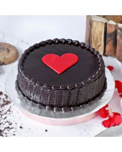 Chocolate Round Cake for Valentines