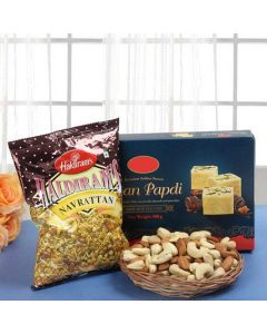 Buy Happy Festive Hamper Online
