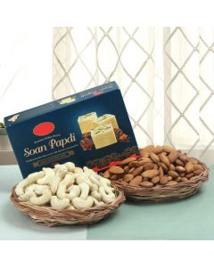 Buy Best Sweet and Dry Fruits Hamper Online